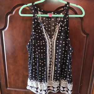 Vince Camuto Sleeveless Blouse XL